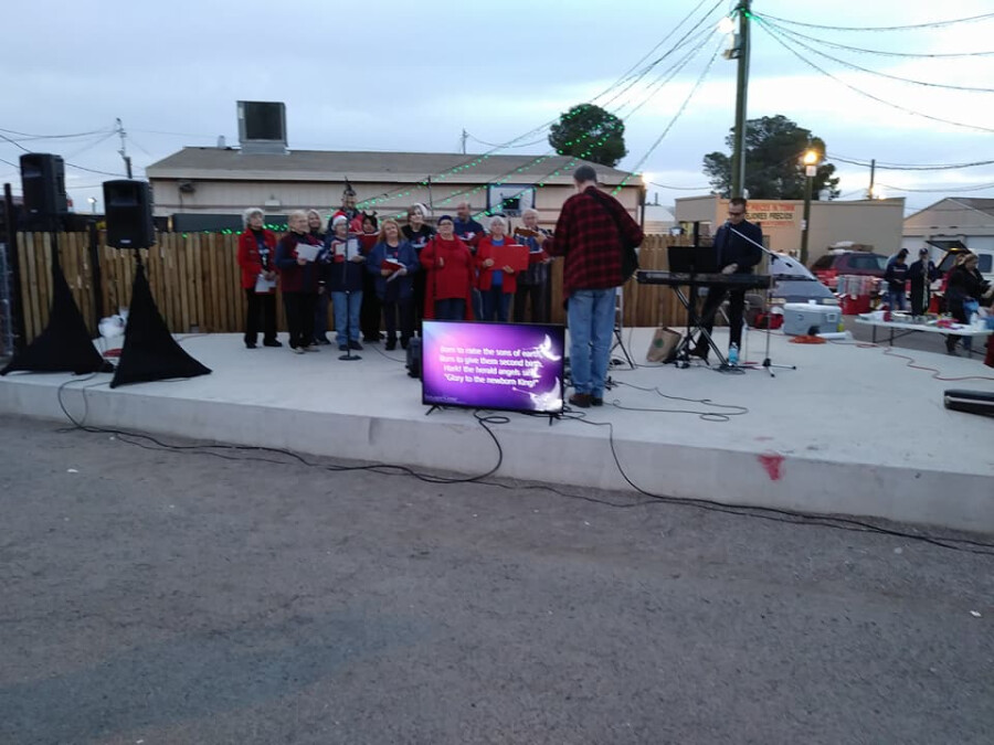 Mark Wilhite and the FCFT Christmas Choir
